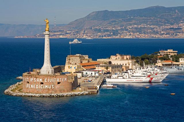 """I tedeschi dicono """"No"""" al porto franco di Messina, Ok per Trieste"""