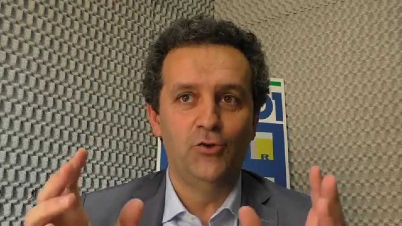 """Marsala: Massimo Grillo """"attacca"""" l'amministrazione guidata da Di Girolamo del PD"""