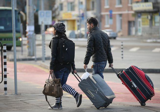 Sicilia: ti amo ma ti lascio. Ogni mese  oltre 2000 giovani lasciano l'isola