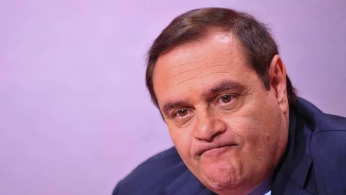 Mastella assolto 9 anni dopo la caduta di Prodi: ho sofferto tanto Accusato con la moglie Sandra Lonardo, l'ex leader dell'Udeur si dimise da Guardasigilli e mandò in crisi il governo