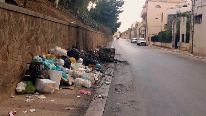 Castelvetrano e le sue ceneri : tra spazzatura, disoccupazione e giustizialisti senza scrupoli