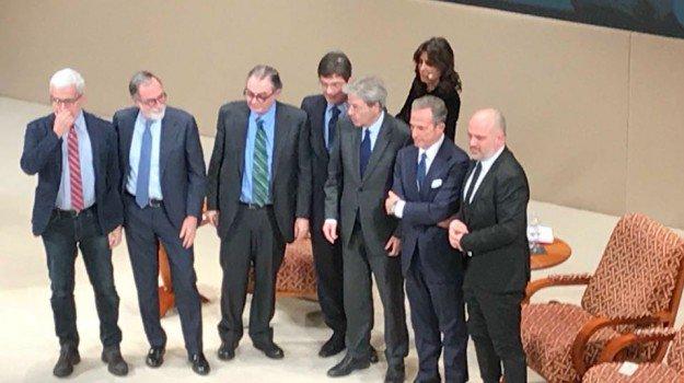Gazzetta del Sud e Giornale di Sicilia diventano un unico gruppo: battesimo di Gentiloni