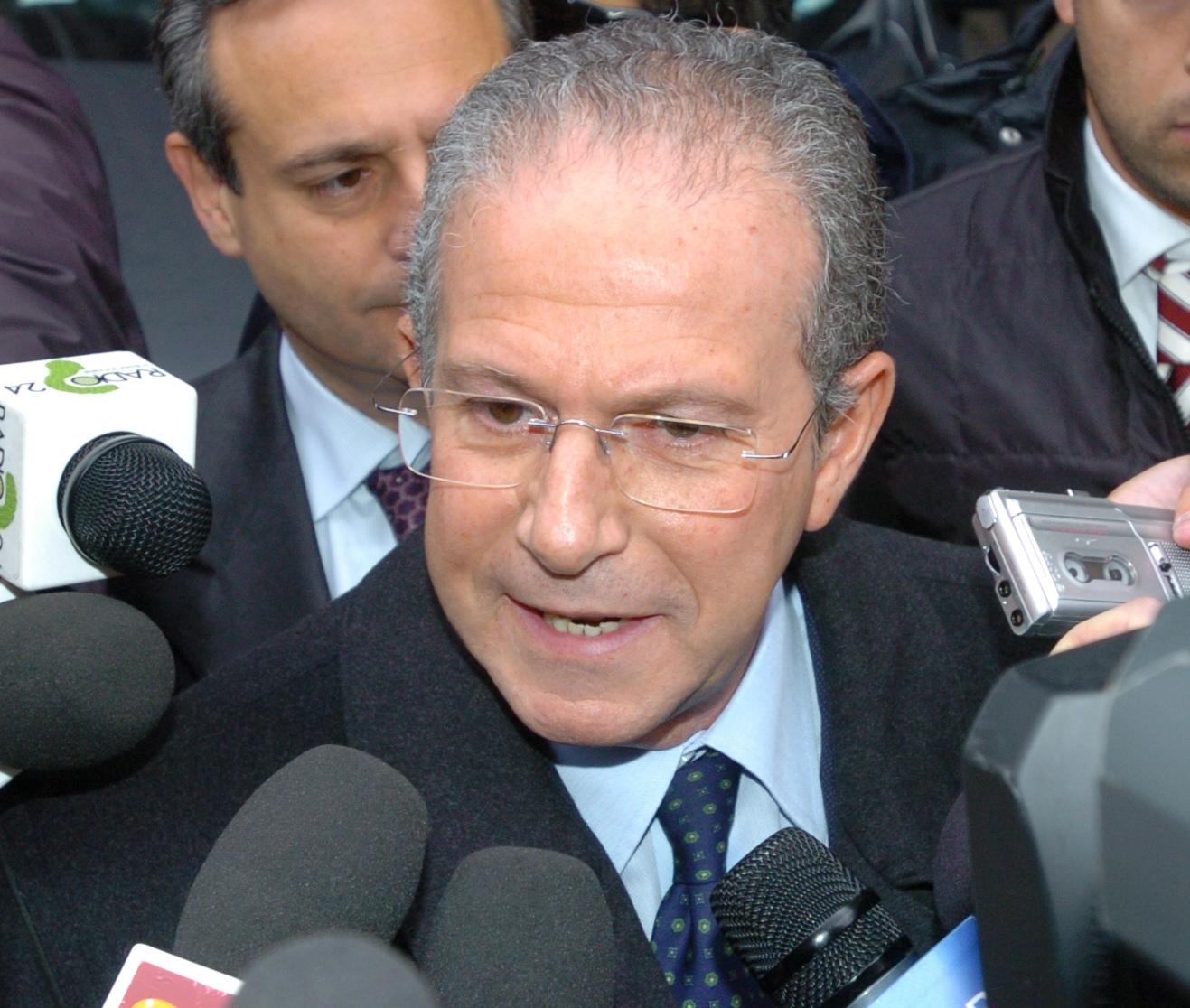 Palermo: restuita la villa all' ex Ministro La Loggia