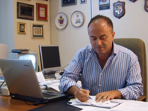 """Gratteri a Soverato: """"Non date soldi alle associazioni antimafia. Meglio alle scuole"""""""