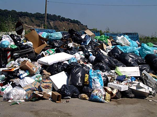 """Castelvetrano : il comitato """" orgoglio castelvetranese """" si propone ai commisari per l' emergenza rifiuti"""