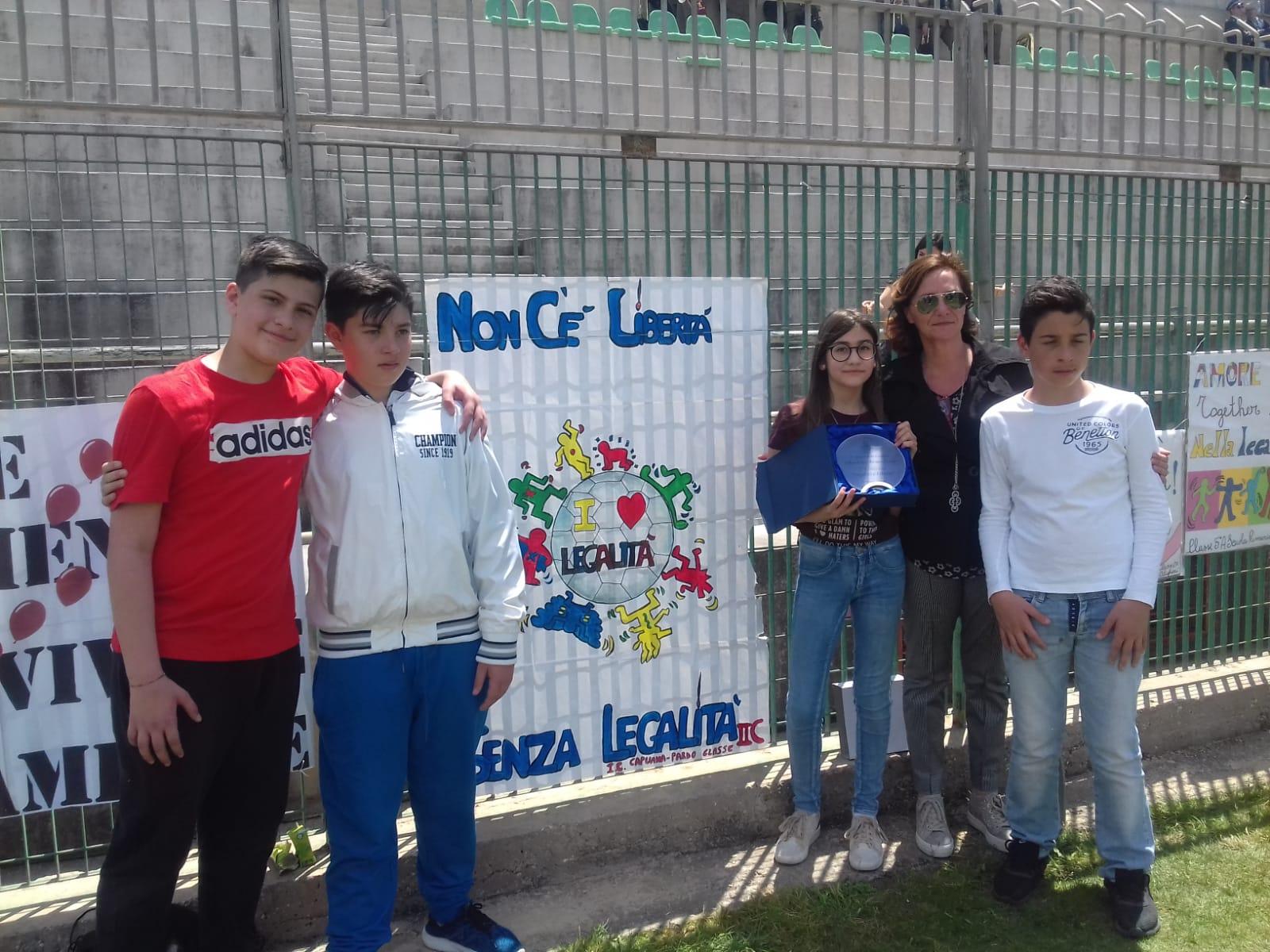 """I.C. """"Capuana-Pardo"""": primo posto al Torneo della legalità."""