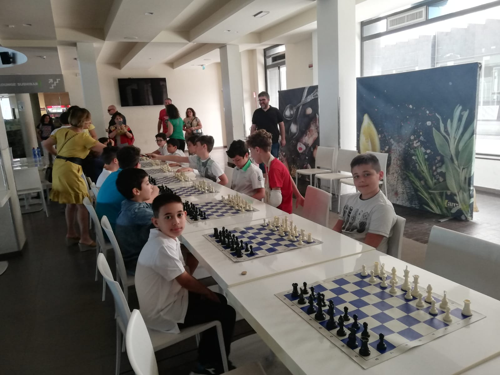 """I.C. Capuana-Pardo: """"Scuola innovativa"""" con gli scacchi."""