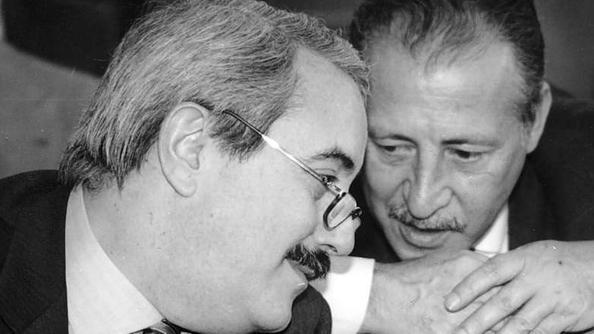 DOCUMENTI FALCONE E BORSELLINO PROCESSO TRATTATIVA PER COPRIRE LA VERITA'