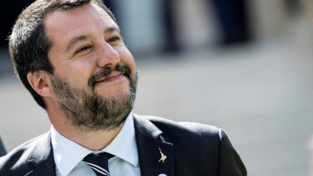 Salvini, capo popolo  scivolato sulla strategia dei poteri forti europei