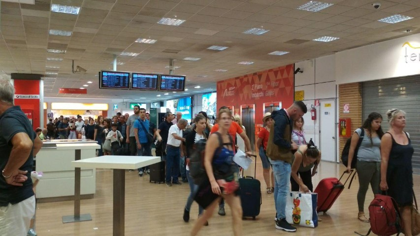 Ad Agosto aumentano i passeggeri al Falcone Borsellino. Soddisfatta la Gesap