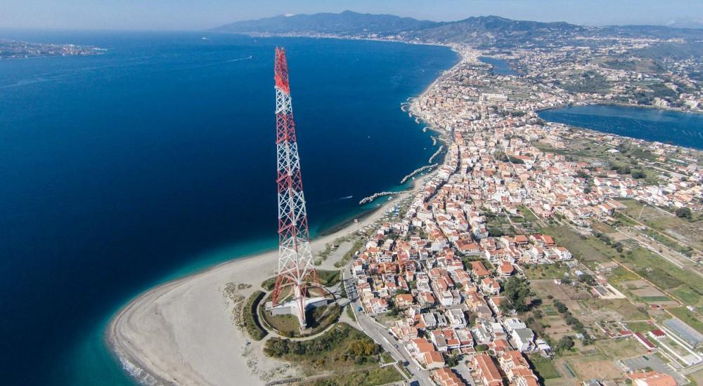 """Illuminazione Pilone Torre Faro, Siracusano (FI): """"Si riaccendono le luci su Messina, De Luca ottimo lavoro"""""""