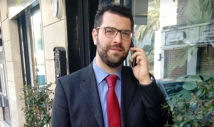 """De Luca (M5S) contro Salvini: """"Nessuna responsabilità per chi fa lavorare gli operatori sanitari senza protezioni? Proposta assurda e irrispettosa, il leader leghista torni al Papete"""""""