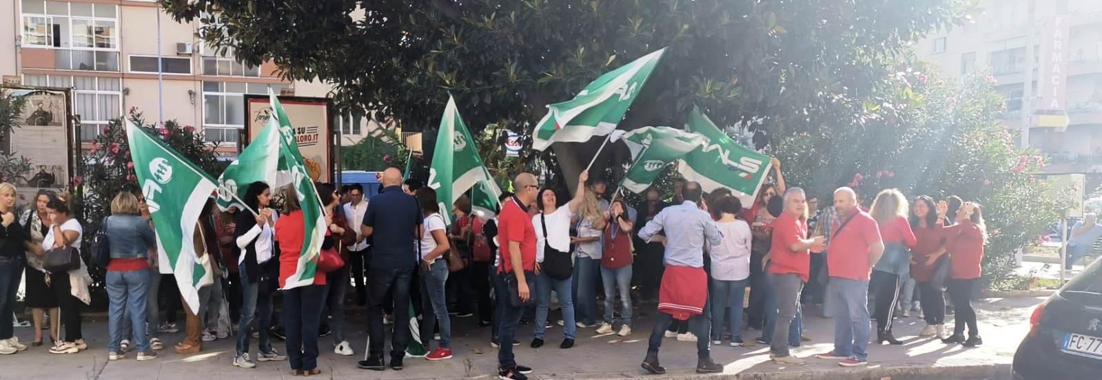 AVANTI TUTTA, il grido che muoverà l'assembleadi giovedì 24 ottobre dei 647 contrattisti precari dell'ASP di Palermo