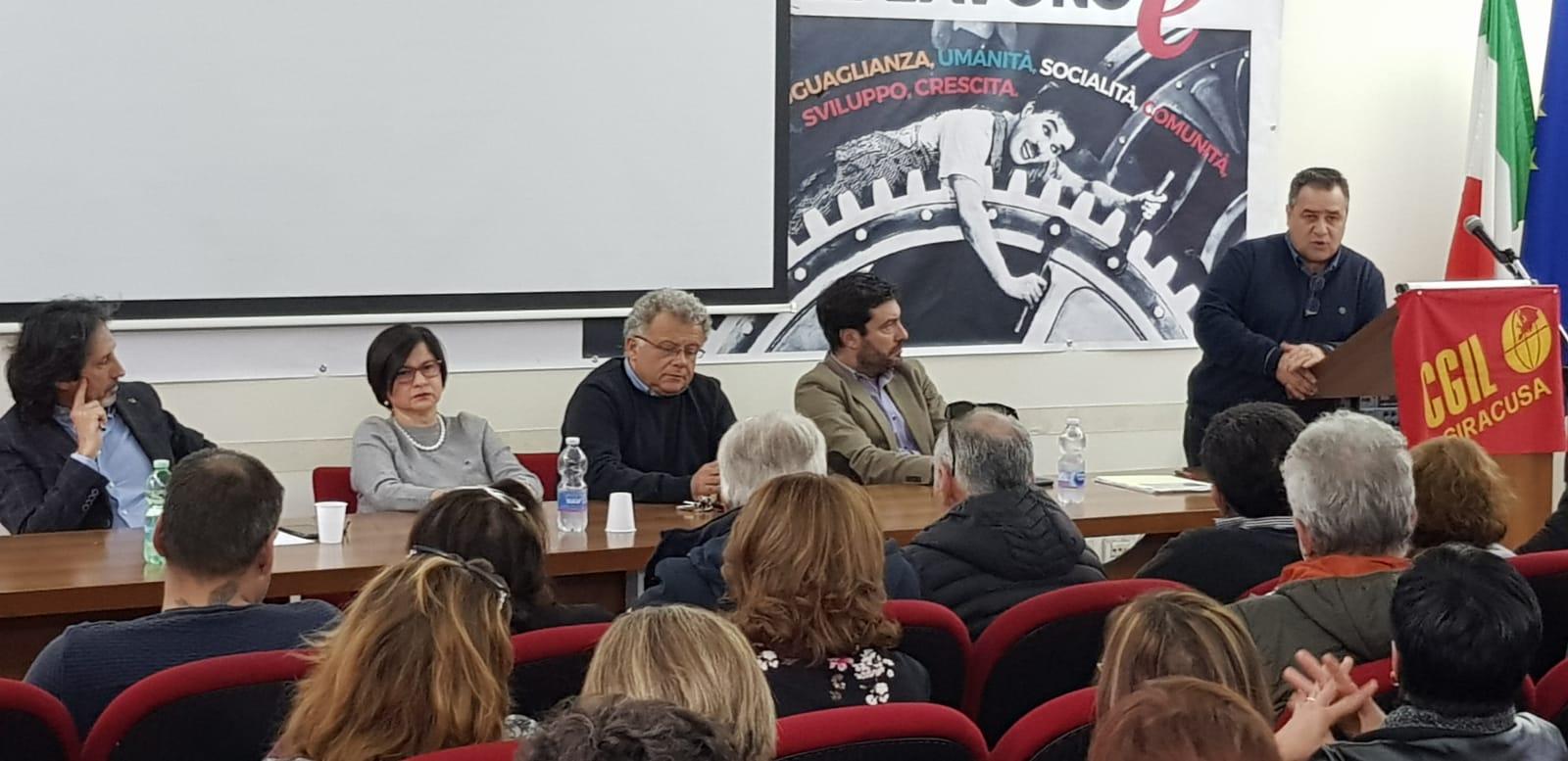 Scuola: Flc Cgil Sicilia, contratto full time per gli ex co.co.co., adesso ATA in regime di part-time forzato