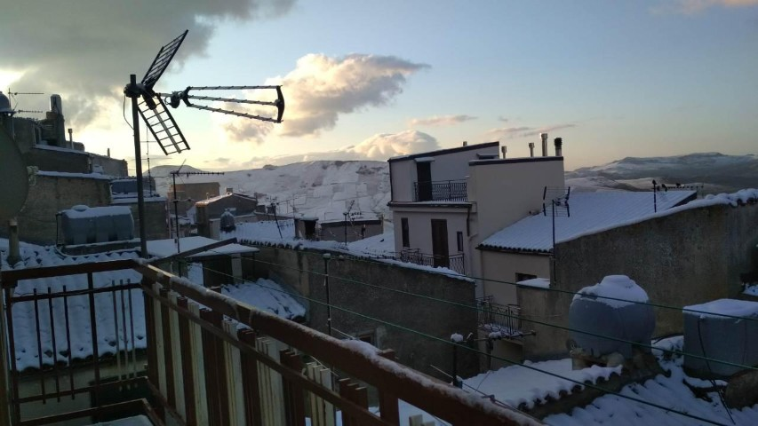 Madonie coperte di bianco. Questa volta è neve dolce neve.