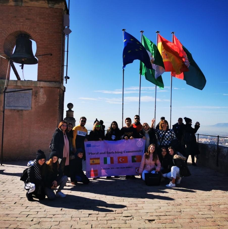 Studenti dell'I.C Capuana- Pardo ambasciatori in Europa. Di ritorno dalla Spagna gli alunni raccontano il loro Erasmuus