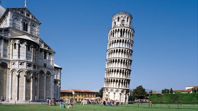 Mafia  e tritolo:   nel 1992  si pensò di fare saltare la Torre di Pisa con una bomba. Le dichiarazioni del  neofascista Bellini