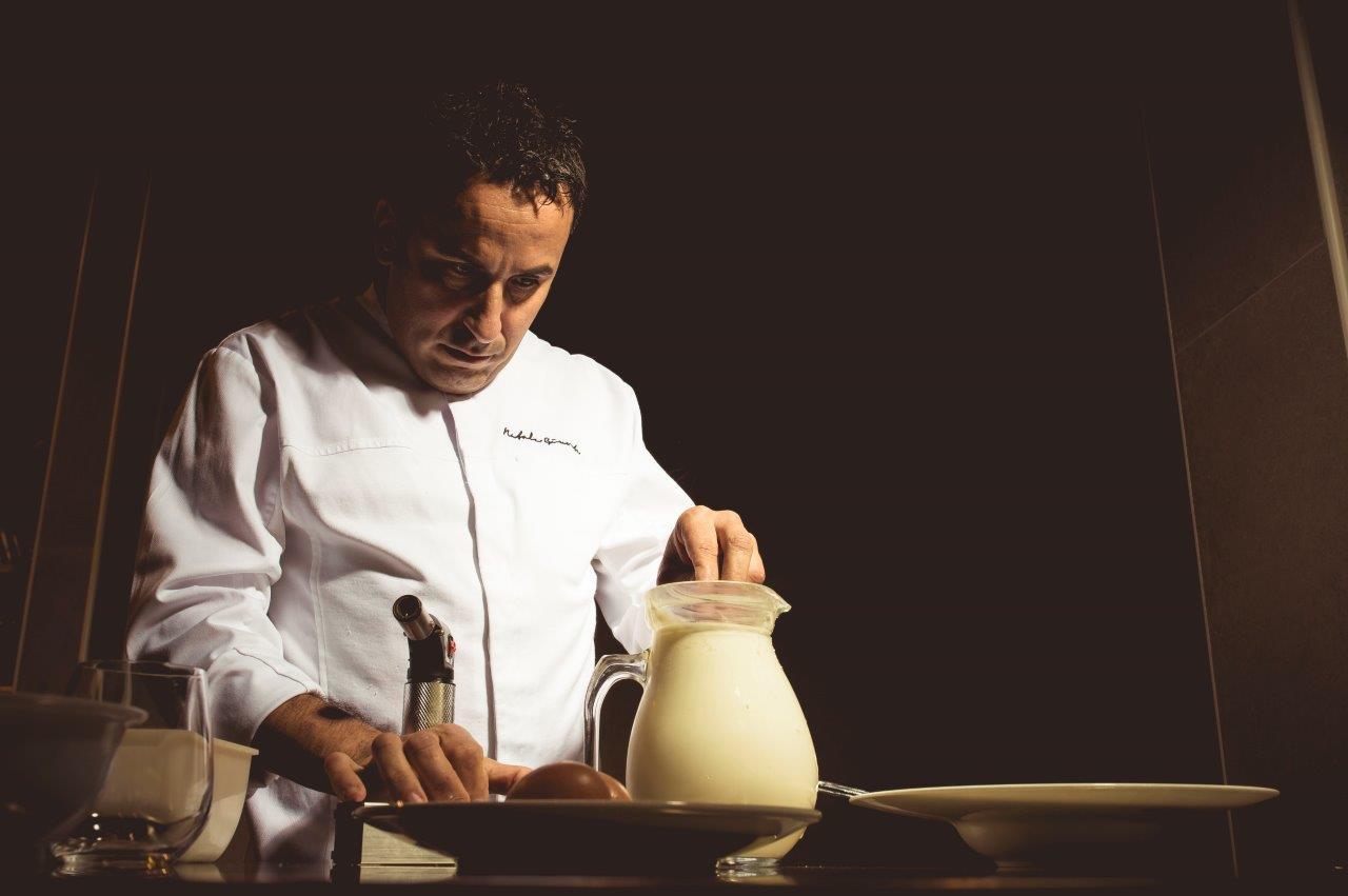 Al Sigep di Rimini, lo chef Natale Giunta presenta il suo tiramisù sferificato, ospite di Klub Cavè