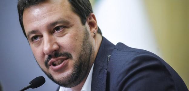 Giunta Senato dice no al processo a Salvini. IV non partecipa al voto, Giarrusso vota con le opposizioni