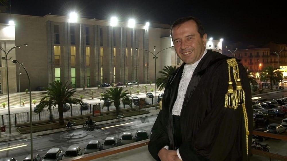 L'omicidio dell'avvocato Enzo Fragalà, arrivano quattro condanne e due assoluzioni. La Corte alleggerisce le accuse