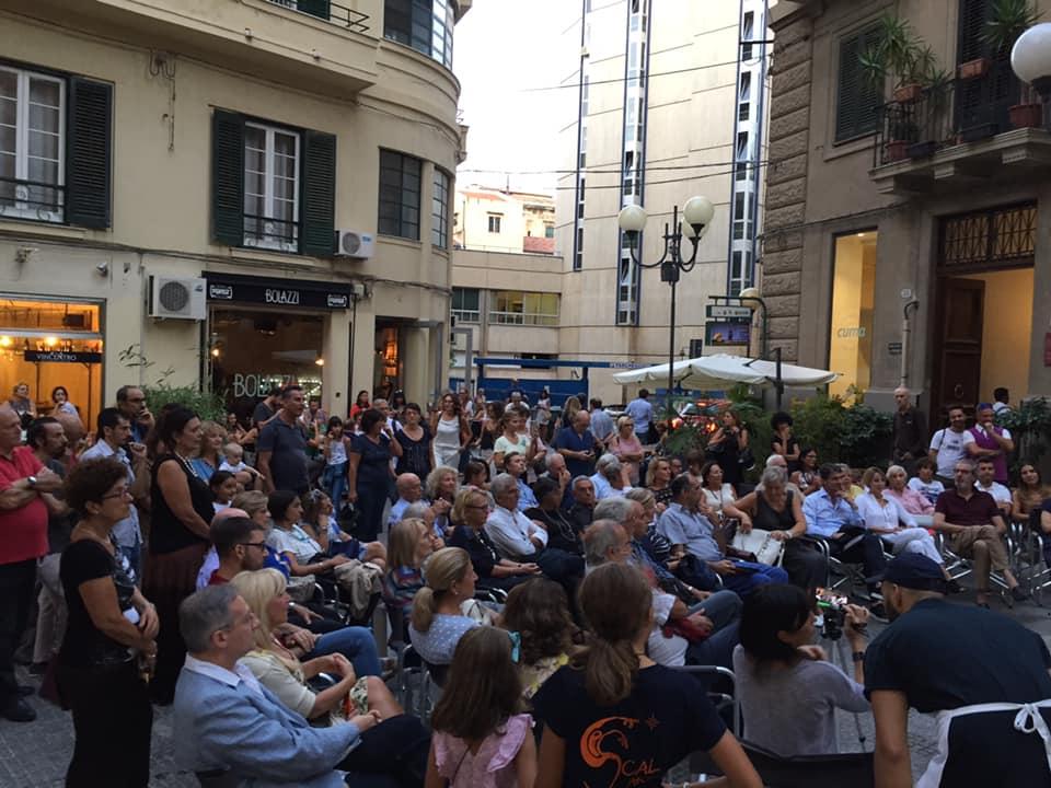"In attesa di tornare a incontrarsi, l'associazione ""Piazzetta Bagnasco"" arricchisce la propria pagina Facebook con contenuti culturali e scientifici"
