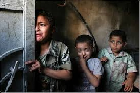 Gaza: Save the Children, i bambini stanno morendo perché non possono essere curati fuori dalla Striscia di Gaza. Due neonati sono deceduti per mancanza di cure