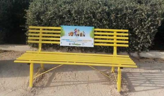 La seconda panchina gialla contro l'uso patologico di Internet sarà installata in agosto a Punta Secca