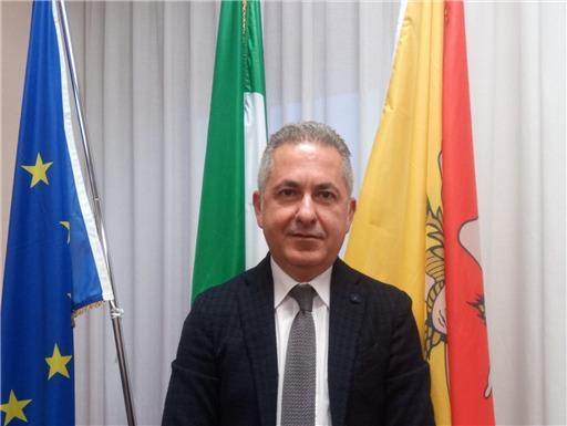 Corruzione nella sanità siciliana: l'ex Direttore Damiani confessa tutto ai PM. Top secret sui nomi